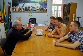 Discussion with the Prefect of Ijuí, Brazil